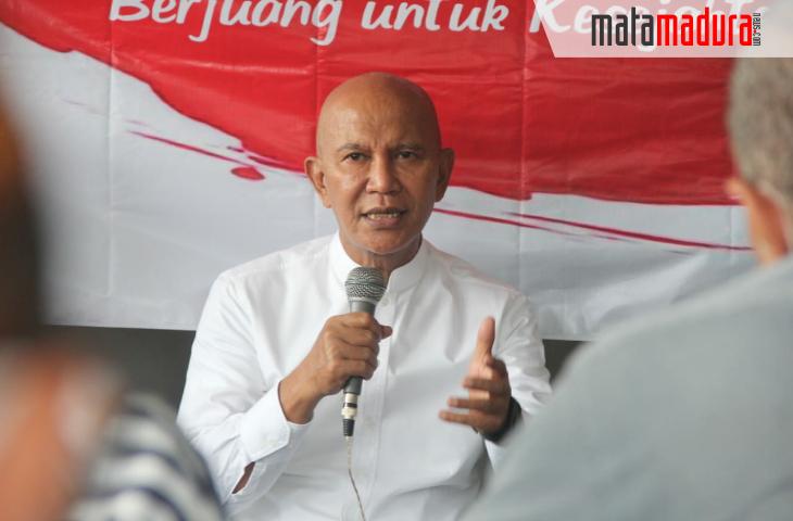 Paket Sembako MH Said Abdullah untuk Warga Madura