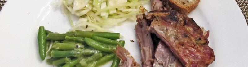 Geitekje med kålsalat