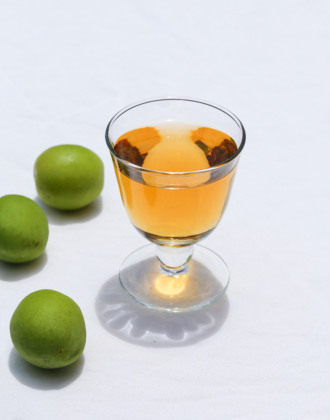 How to make Japanese plum wine (Umeshu)
