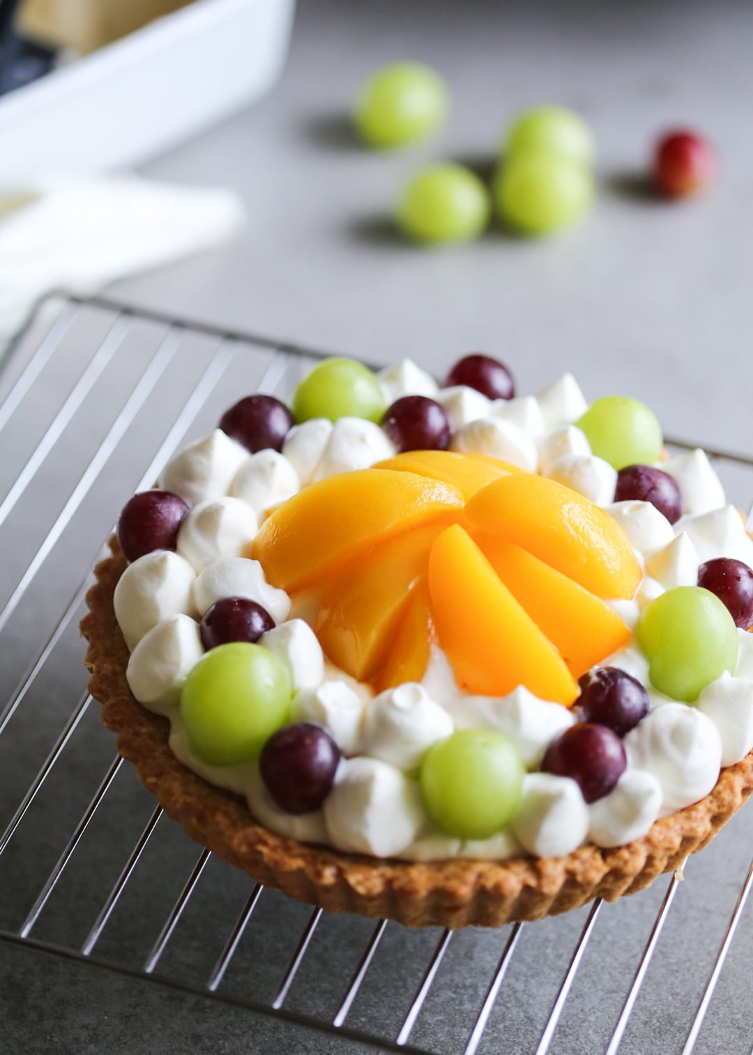 Japanese fruit tart