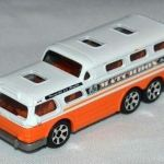 MB1089-02 : GMC Scenicruiser