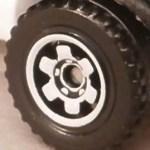 Matchbox Wheels : 6 Spoke Ringed Gear - White