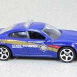 MB933-05 : Dodge Charger Pursuit