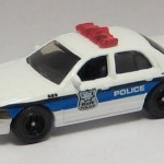 MB689-07 : 2006 Ford Crown Victoria Police