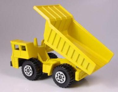 MB058 : Faun Dump Truck