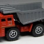 MB710-08 : Dump Truck
