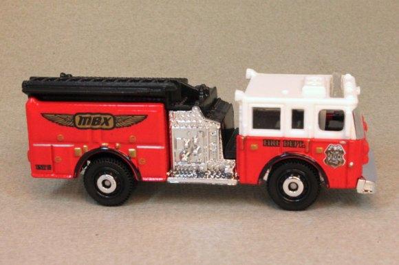 Matchbox MB755-21 : Pierce Dash Fire Engine