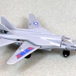 Matchbox MB027-11 : Swing Wing Jet
