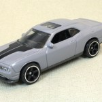 Matchbox MB759-11 : Dodge Challenger SRT8
