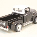 Matchbox MB300-01 : 1956 Ford F-100 Pick-Up