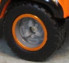 Matchbox Wheels : Tri-Spoke Rubber (Grey/Orange)