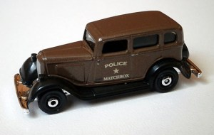 Matchbox MB1087 : 1933 Plymouth Sedan