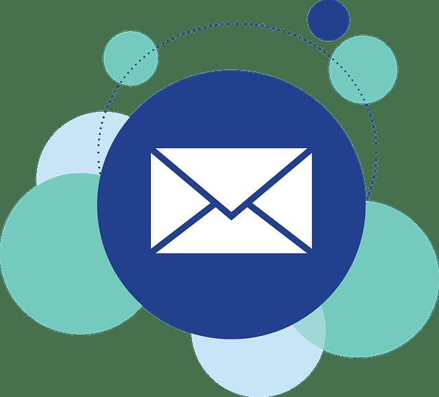 青い丸の中に描かれた白い封筒のメールアイコン