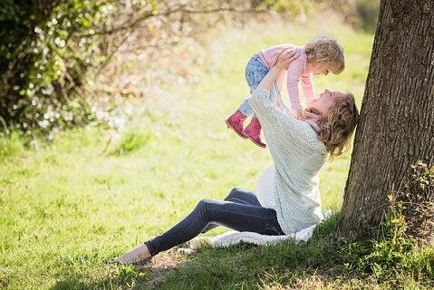 子供のためにも次は絶対に失敗したくないと考えるシンママの画像です。