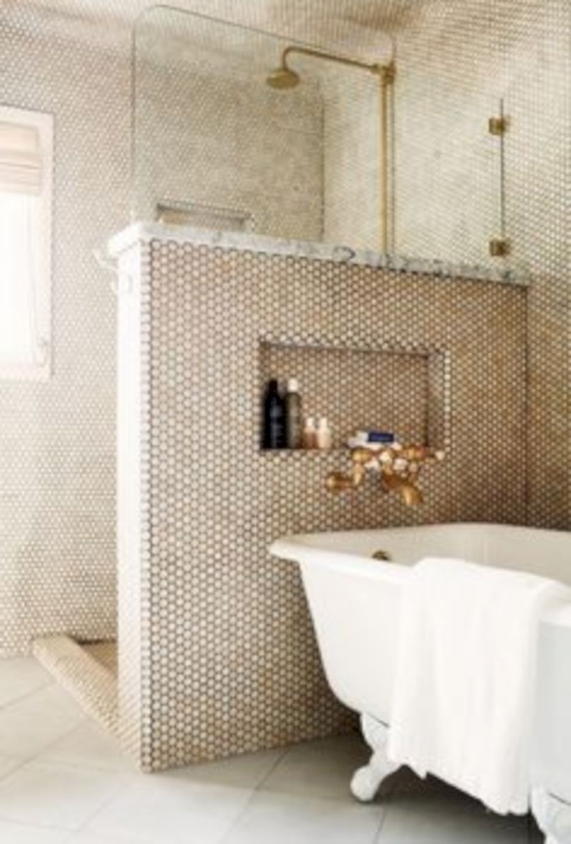 Adorable mosaic marble shower tile for your bathroom 15