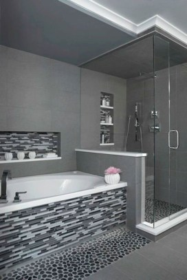 Adorable mosaic marble shower tile for your bathroom 17