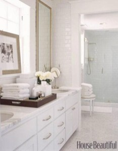Adorable mosaic marble shower tile for your bathroom 23