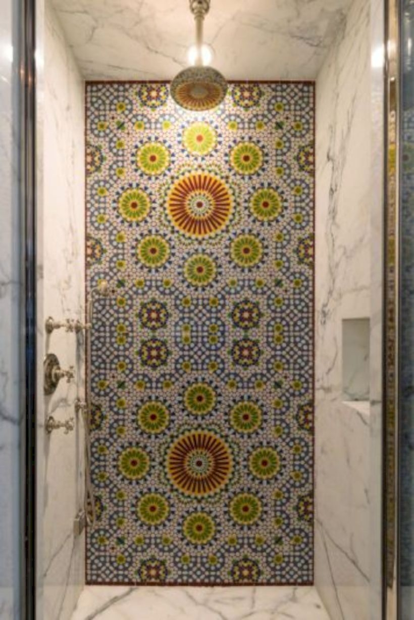 Adorable mosaic marble shower tile for your bathroom 33