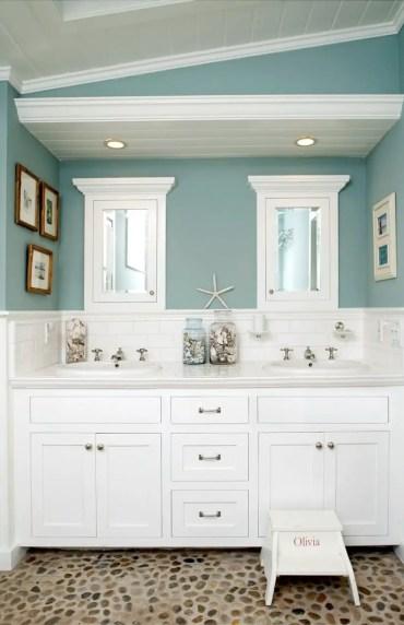 Amazing coastal retreat bathroom inspiration 15