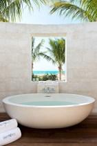 Amazing coastal retreat bathroom inspiration 18