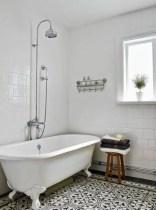 Amazing coastal retreat bathroom inspiration 19