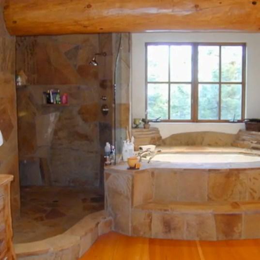 Amazing doorless shower design ideas 29