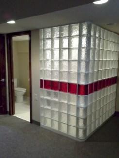 Amazing glass brick shower division design ideas 28