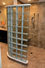 Amazing glass brick shower division design ideas 39