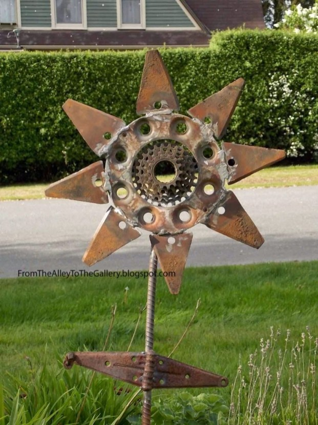 Awesome outdoor junk garden to reuse your old stuff 05