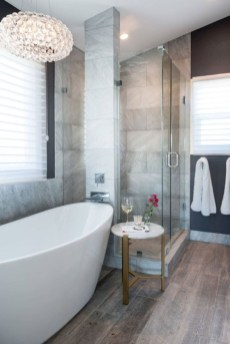 Bathtub and shower tile ideas to beautify your bathroom 14