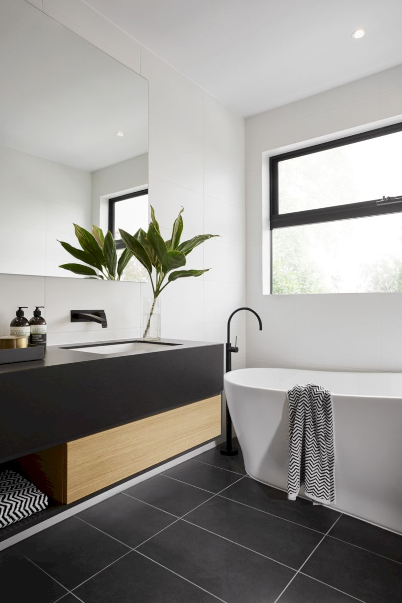 Merveilleux Donu0027t Forget You Donu0027t Need To Tile An Entire Wall To Create A Special And  Fashionable Design. Bathrooms Are Undoubtedly The ...