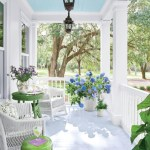 Beautiful porch ideas that will add value your home 02