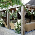 Beautiful porch ideas that will add value your home 11