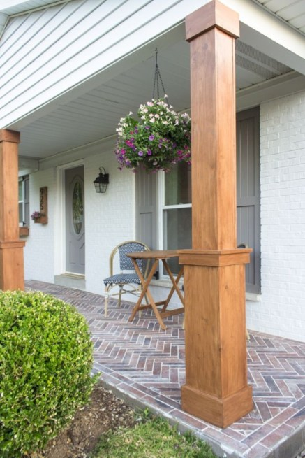 Beautiful porch ideas that will add value your home 29
