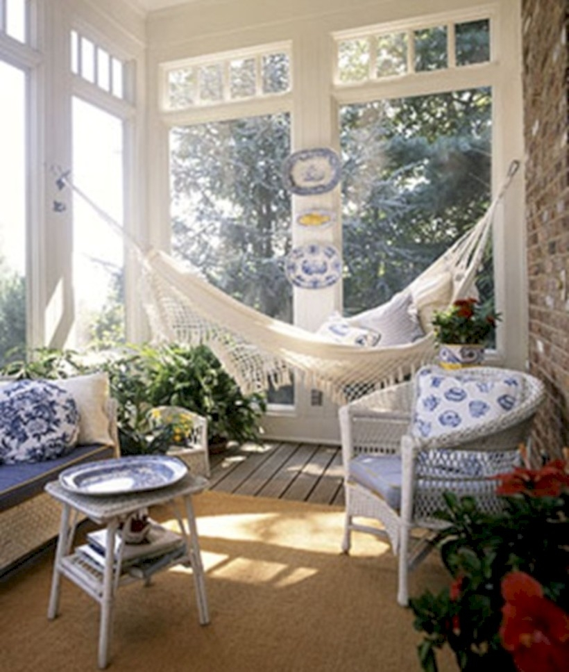 Beautiful porch ideas that will add value your home 33