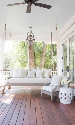 Beautiful porch ideas that will add value your home 42