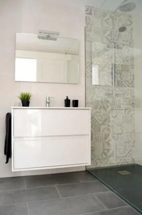 Best classic glass block shower layout 30