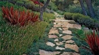 Best garden walkway to envy your visitor 05