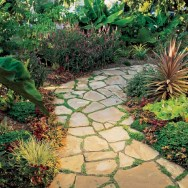 Best garden walkway to envy your visitor 22