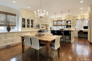 Charming custom kitchens cabinets designs 22