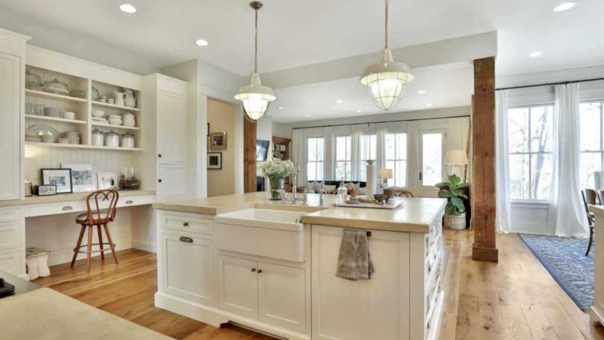 44 Charming Custom Kitchens Cabinets Designs