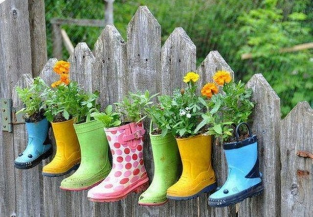 Creative garden potting ideas 13