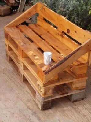 Easy pallet furniture projects for beginners 47