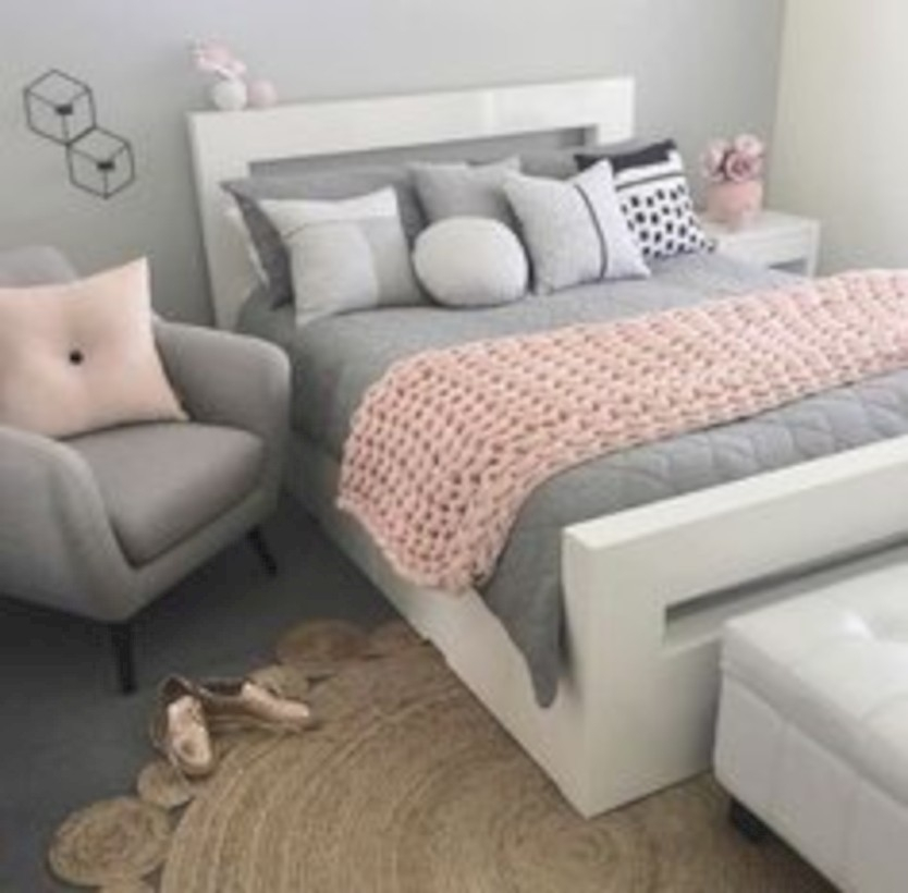 Easy and clever teen bedroom makeover ideas 10