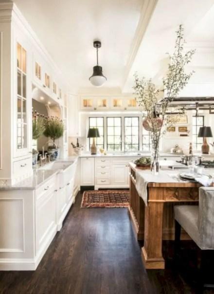 Fabulous small kitchen ideas with farmhouse style 01