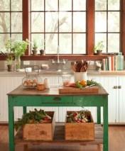 Fabulous small kitchen ideas with farmhouse style 10