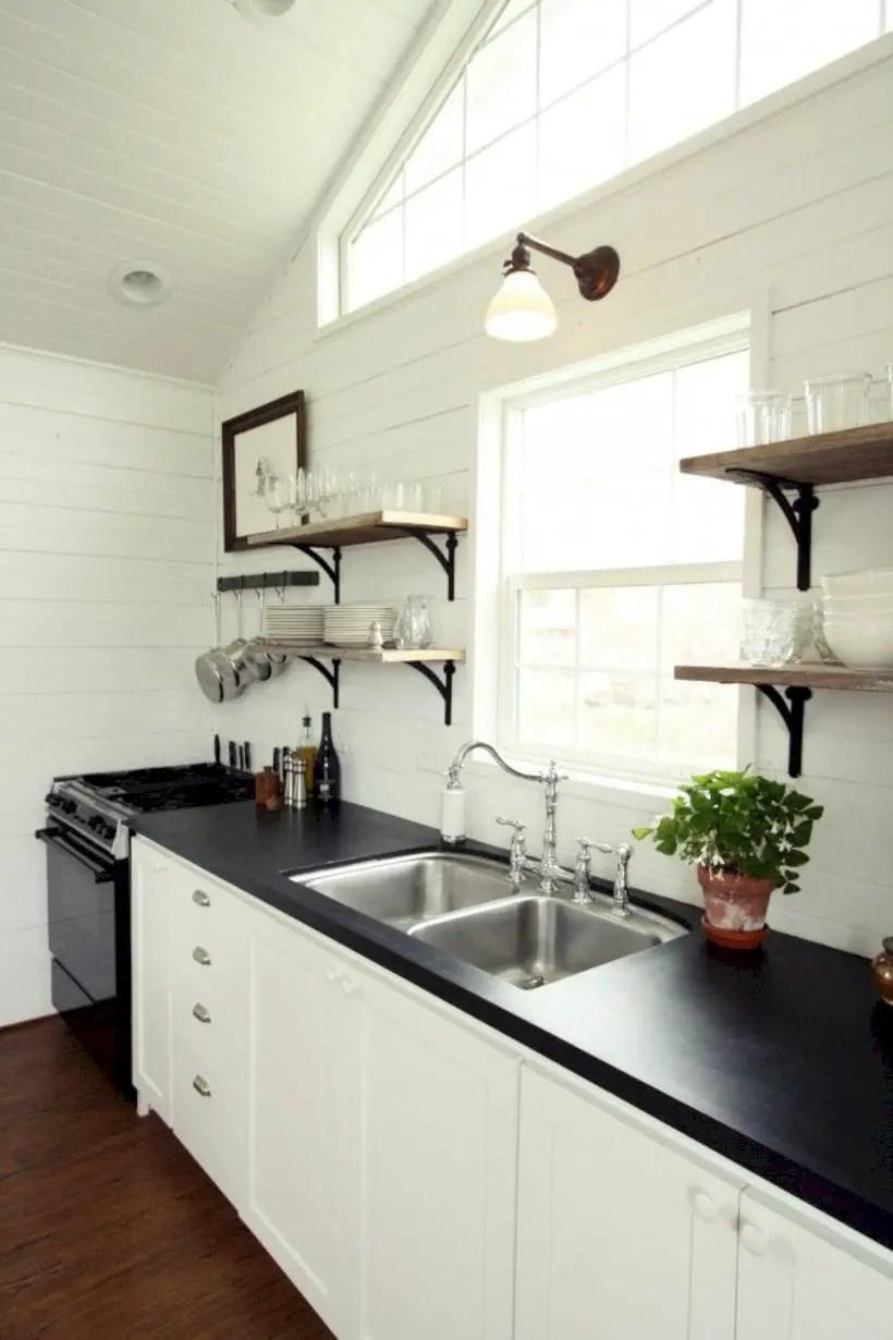 Fabulous small kitchen ideas with farmhouse style 16