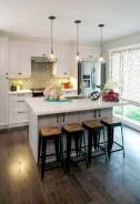 Fabulous small kitchen ideas with farmhouse style 27