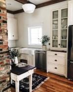 Fabulous small kitchen ideas with farmhouse style 30