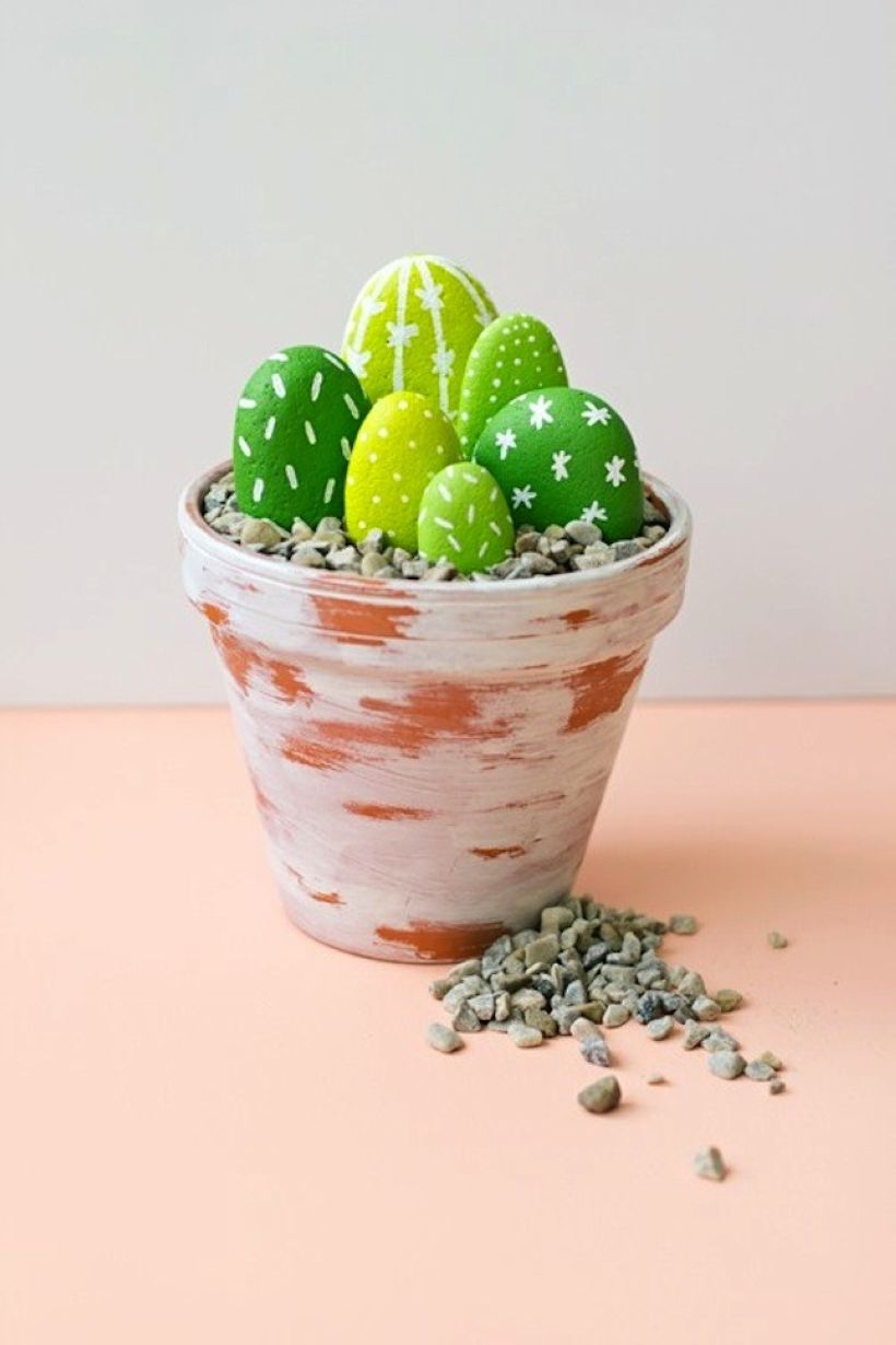 Faux cactus and succulent projects and ideas to decorate your home 37